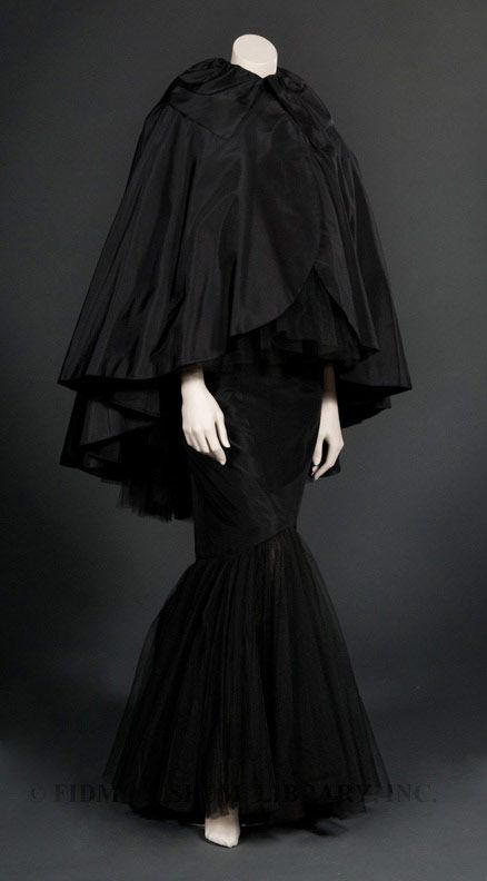 Title: Evening Dress with Cape Date: 1955 Designer: Howard Greer Material: Silk taffeta/ Silk tulle/ Silk faille/ Metal