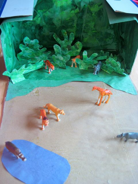 How to make a jungle: preschool craft | Kids art | Cardboard box