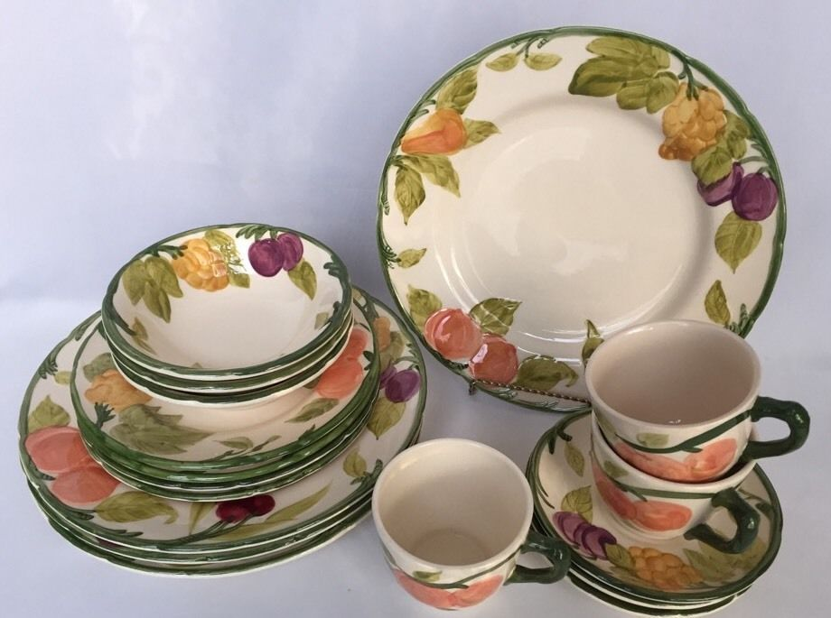 VTG 17 Pcs Franciscan Fresh Fruit Dinnerware Made USA Pottery Plates Bowls Cups #Franciscan # & VTG 17 Pcs Franciscan Fresh Fruit Dinnerware Made USA Pottery Plates ...