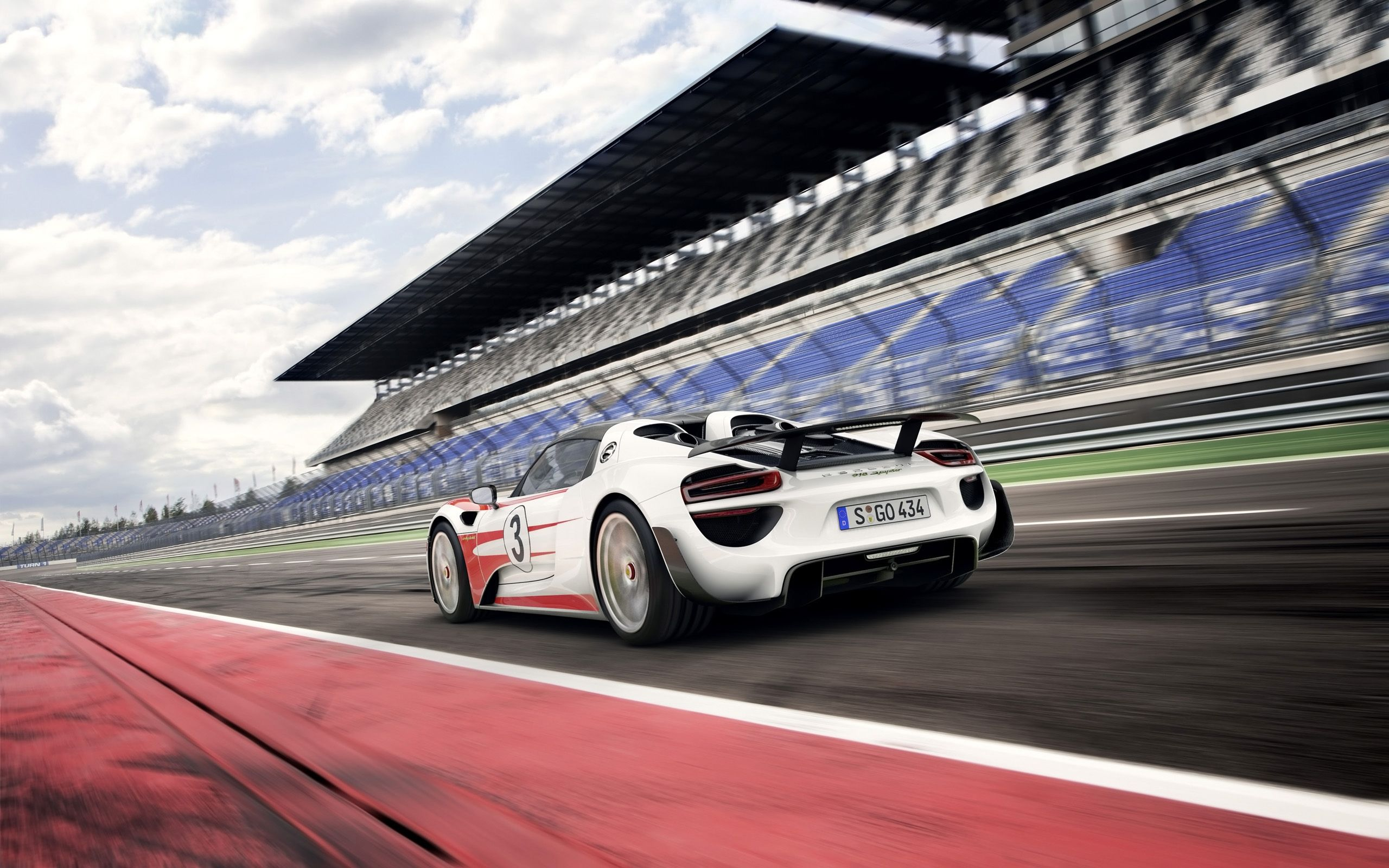 2014 Porsche 918 Spyder Weissach Package Wallpapers