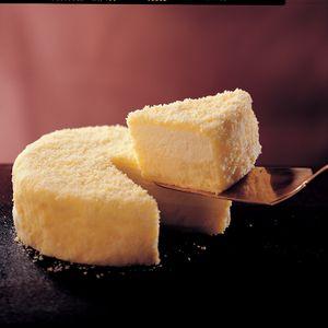 【日本直送美食】預售 - 【KONAYUKI 粉雪來自北海道乳酪蛋糕】年熱銷250萬個奇蹟蛋糕--LeTAO原味雙層乳酪蛋糕