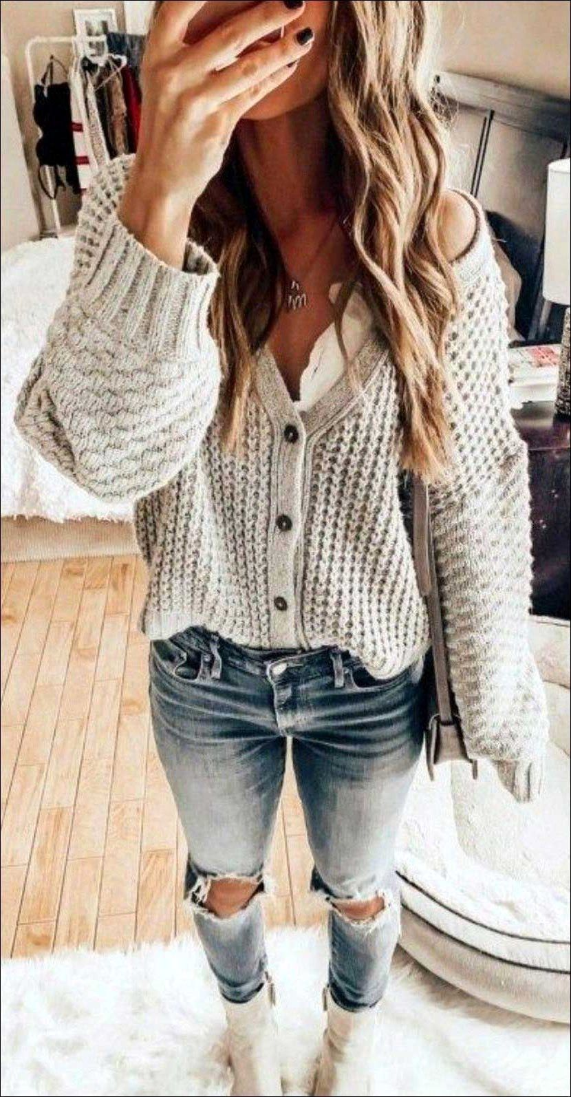 fashionable comfy casual spring outfits for women