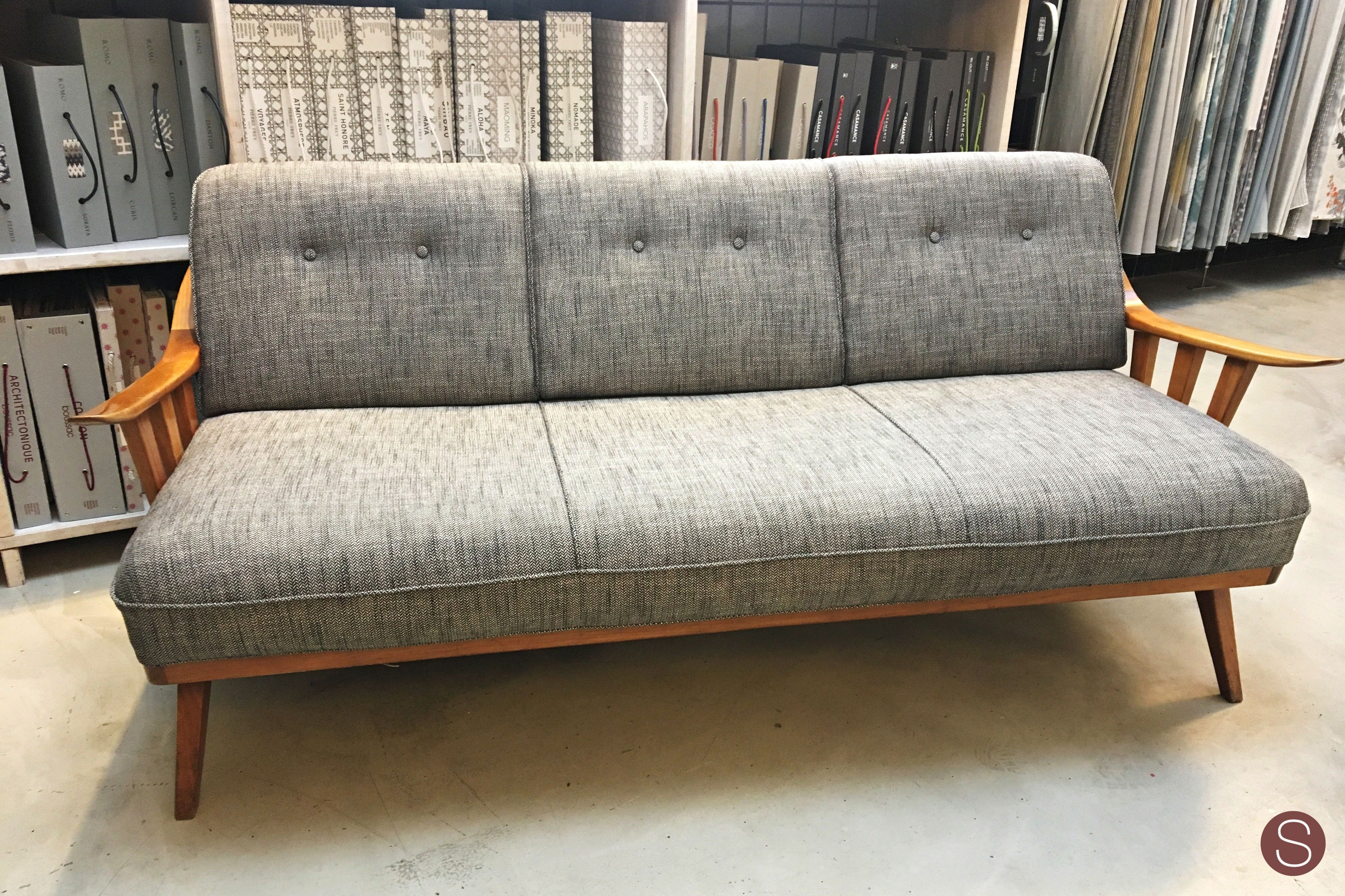 biedermeier sofa zu verkaufen bed new zealand stoffe fur sessel