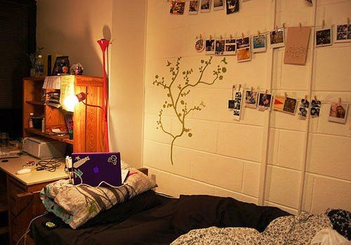 Cozy Dorm Room...White brick walls with green vine decoration and ...