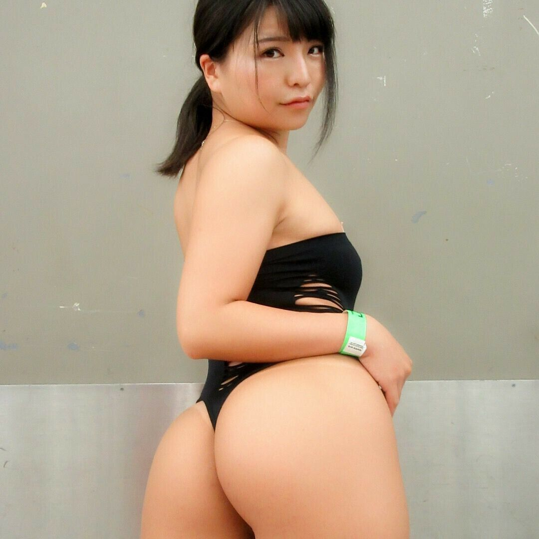 Asian women with big ass-759
