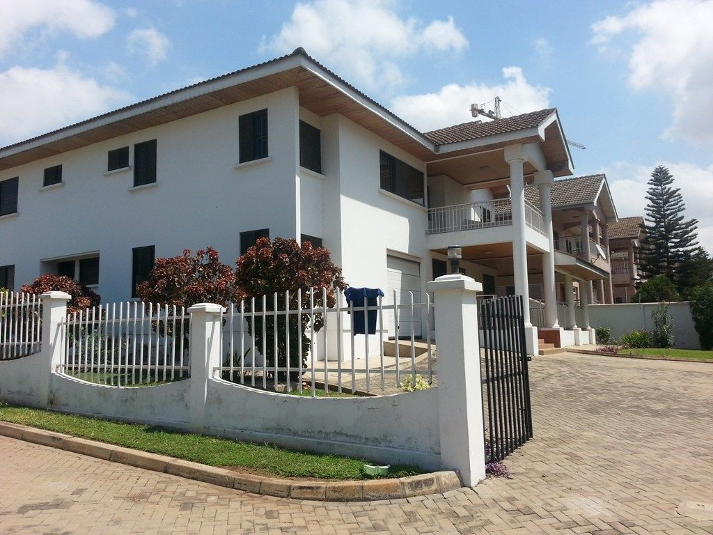 4 bedrooms house commercial properties to buy pinterest penny rh pinterest com
