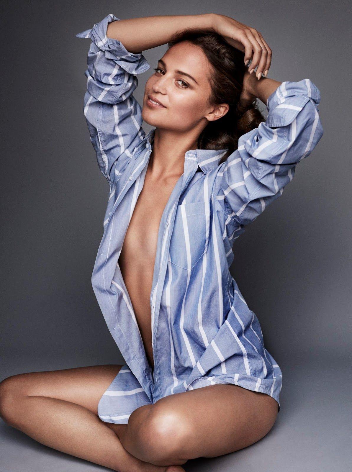 Topless Cleavage Alicia Vikander naked photo 2017