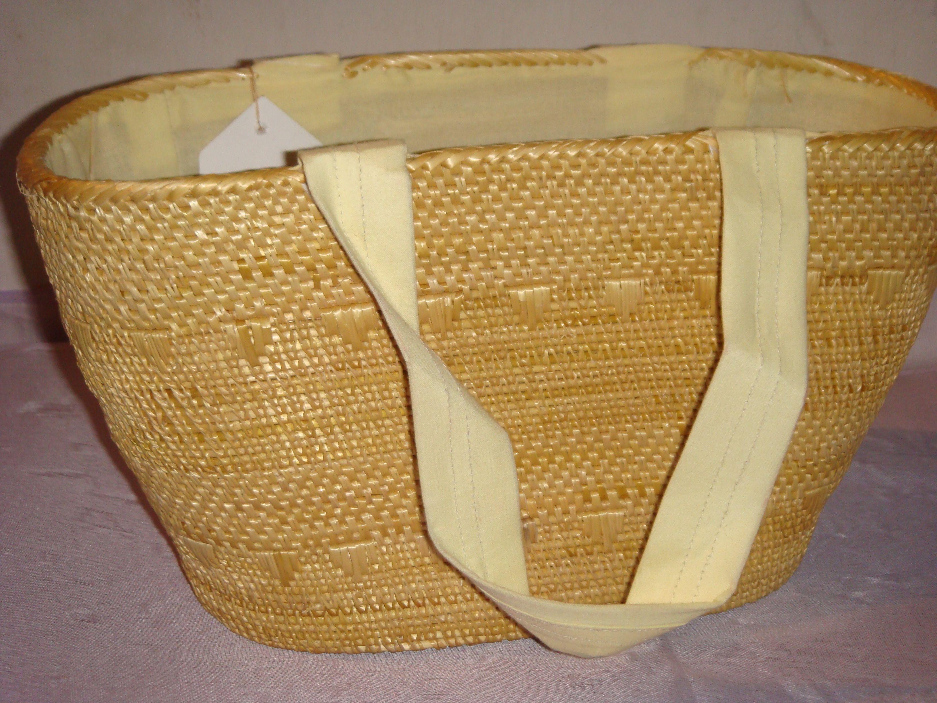 Handicraft made by eco friendly golden grass and bamboo.Golden grass ... for Simple Bamboo Handicrafts  56bof