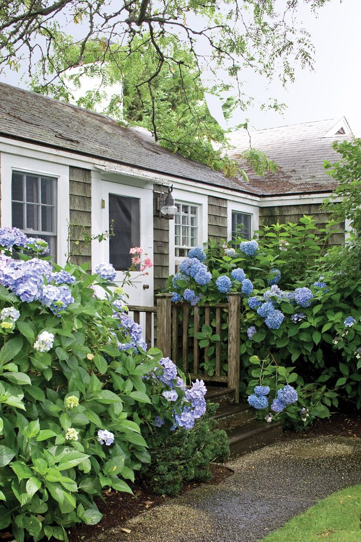 Offering a true refuge from the hectic pace of modern life, Nantucket is a summer-perfect destination.