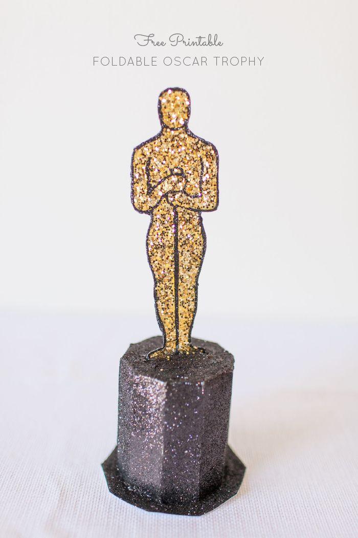 Oscars party free printable oscar trophy award oscars for Oscar decorations