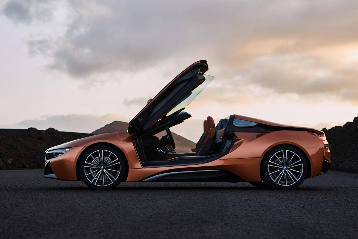 bmw unveils updated electric i8 but keeps sights set on gas rh pinterest co uk