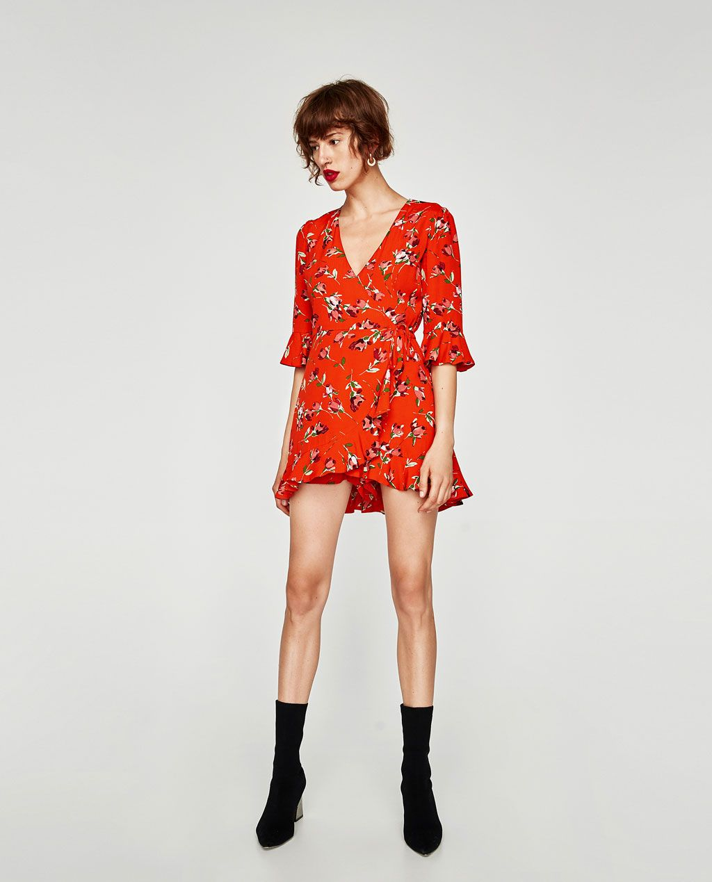 CROSSED FLORAL PRINT DRESS View all DRESSES WOMAN | ZARA