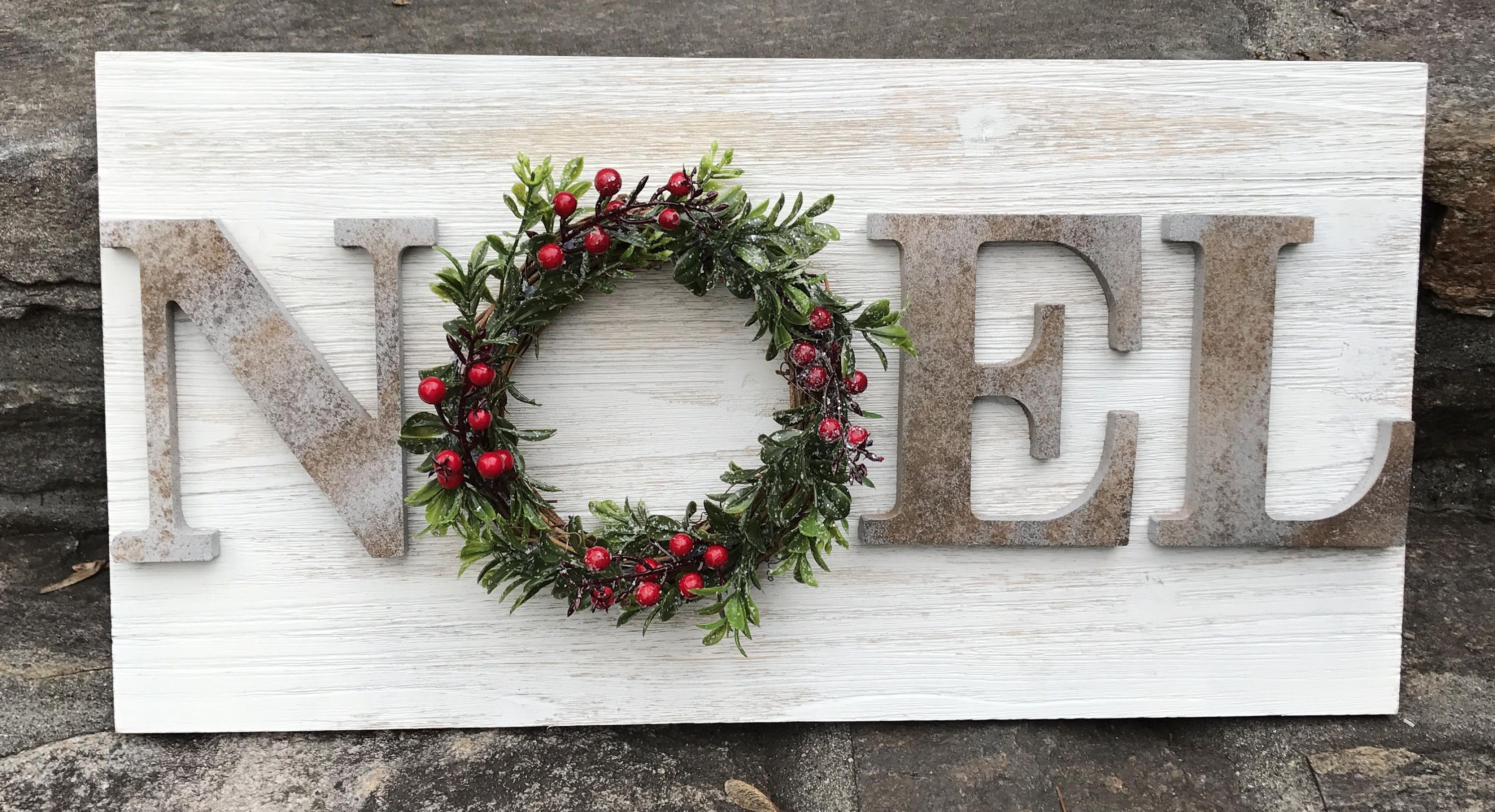 farmhouse christmas sign fixer upper inspired sign magnolia rh pinterest com