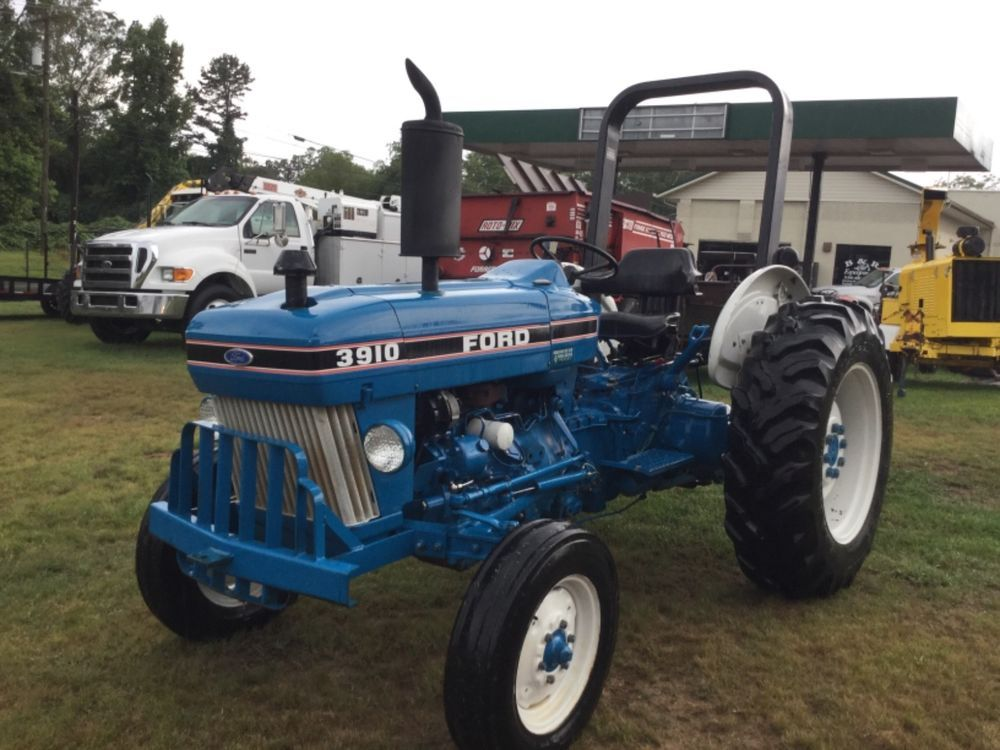 Very Nice Ford 3910 2wd All Original Tractor Farmequipment