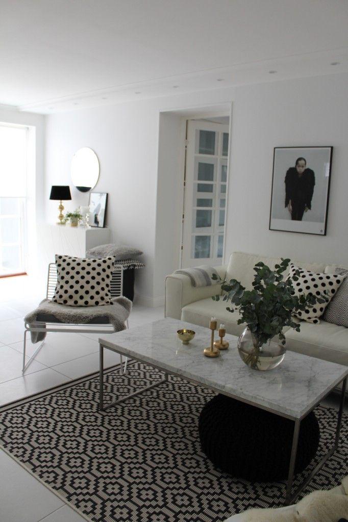 Mattor Karlstad : Ikea hack karlstad sofa with stocksund legs cheep touch up by