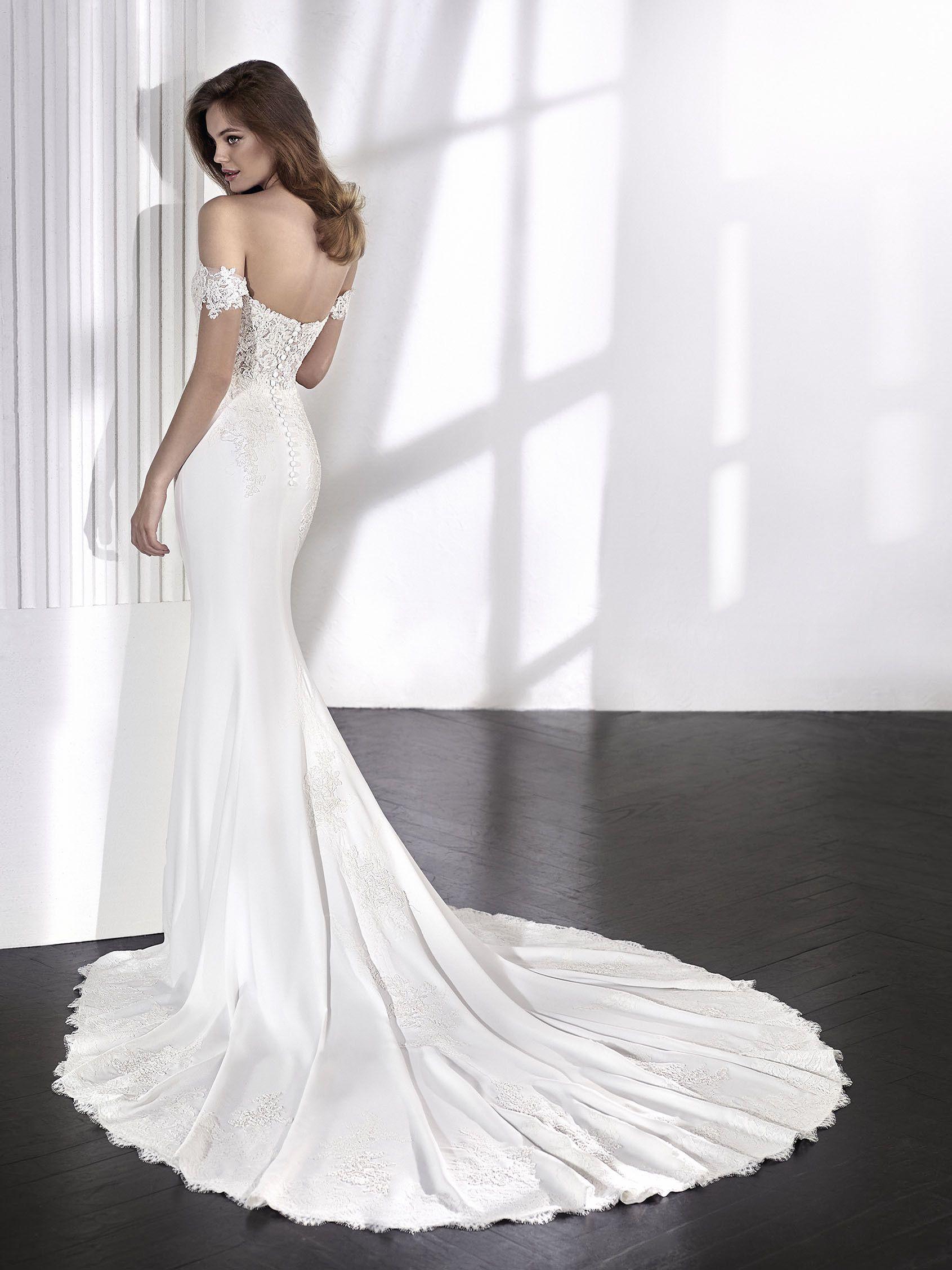 Laelia Sweetheart Neckline Pronovias Wedding Dress St Patrick Wedding Dress Used Wedding Dresses
