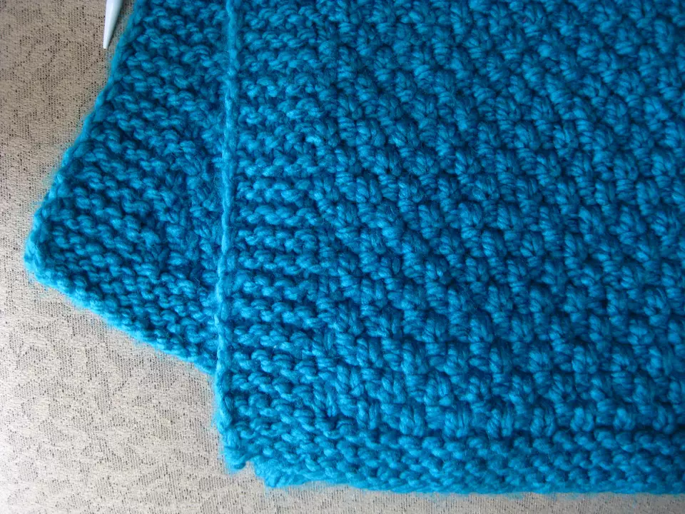 Learn How to Knit a Moss Stitch Lap Afghan | Scarf ...