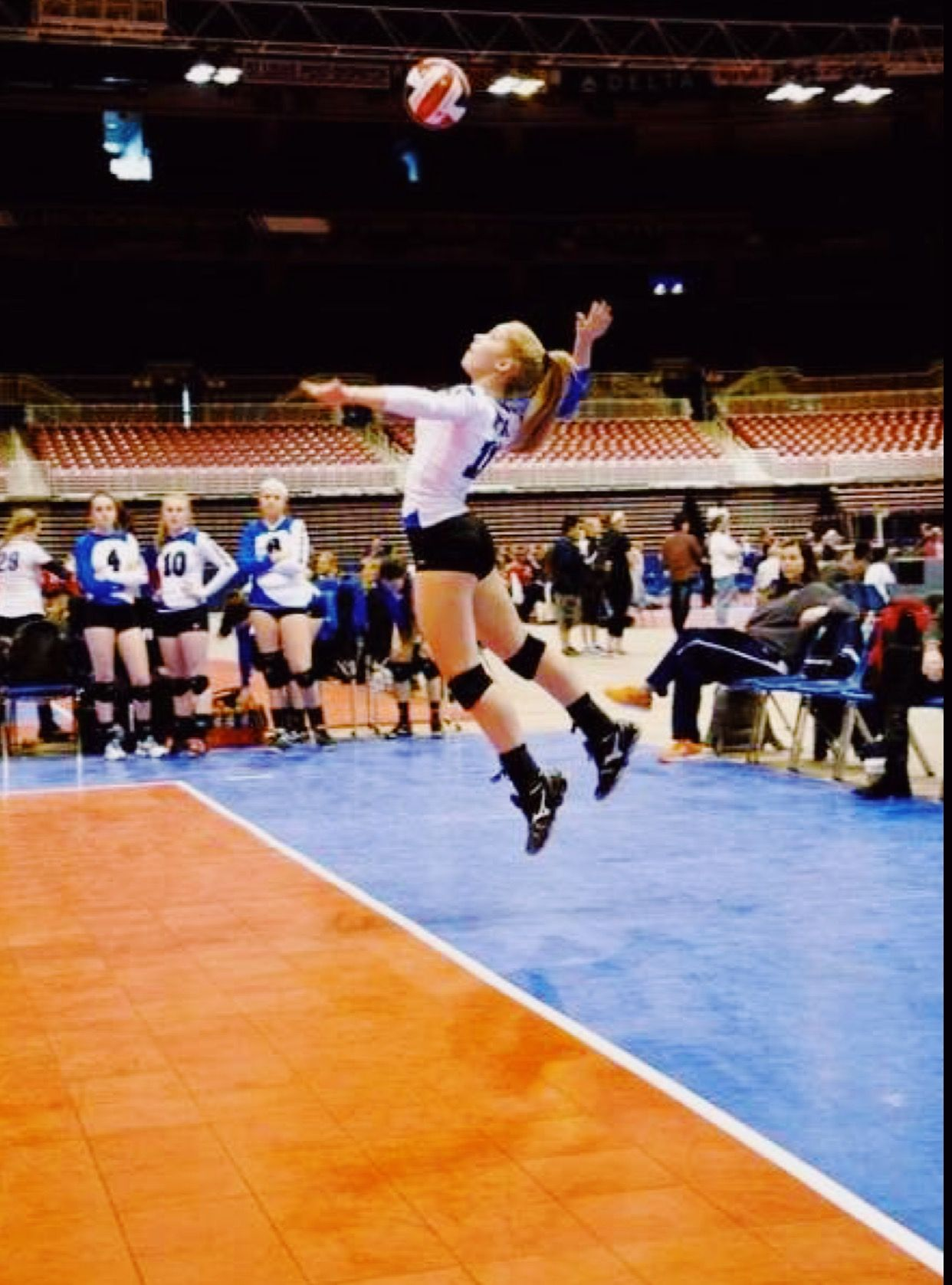 Volleyball Goals In 2020 Volleyball Photography Volleyball Pictures Sport Volleyball