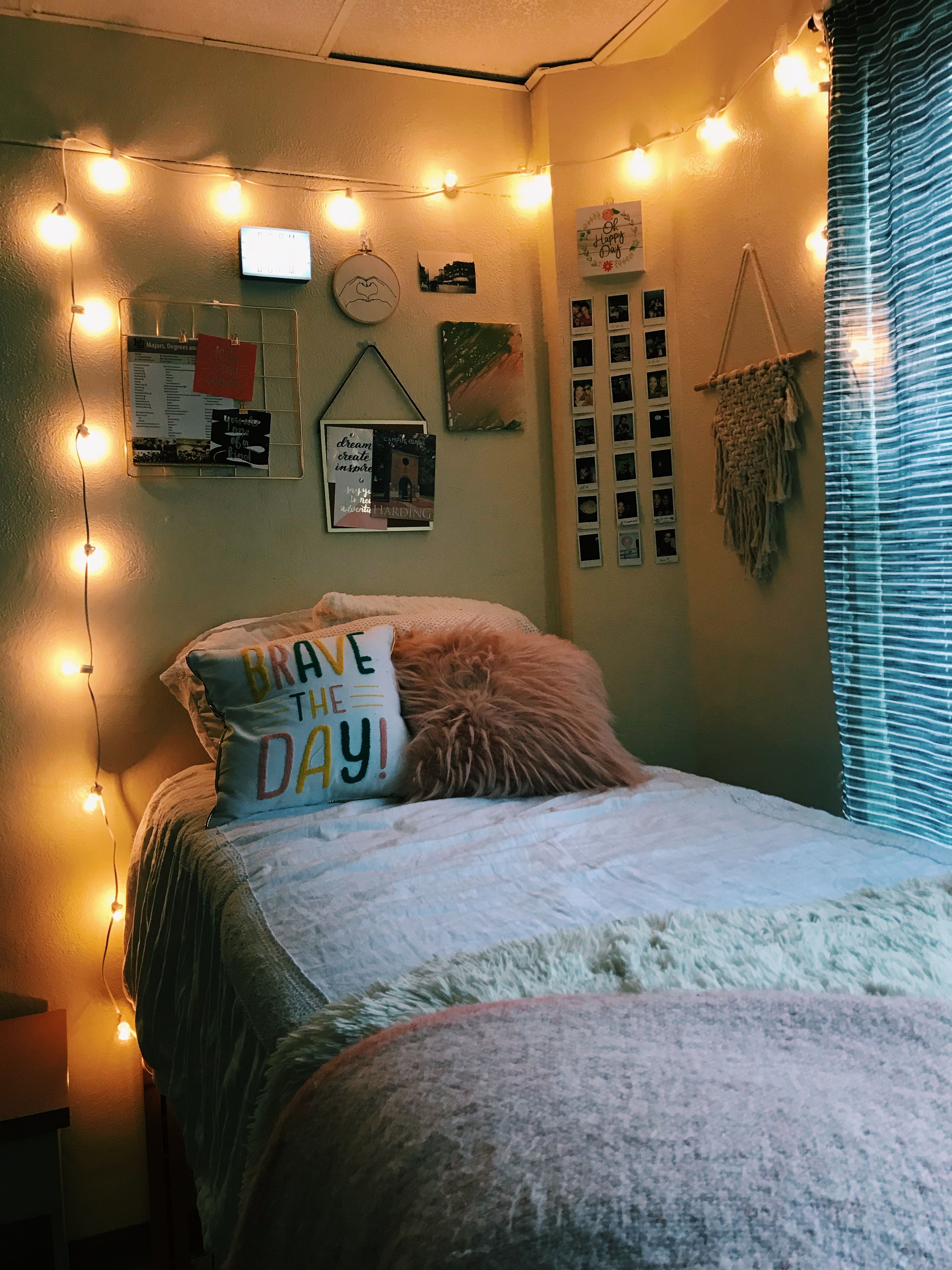 Dream Dorm Room: Pin By Mable Lewis On College