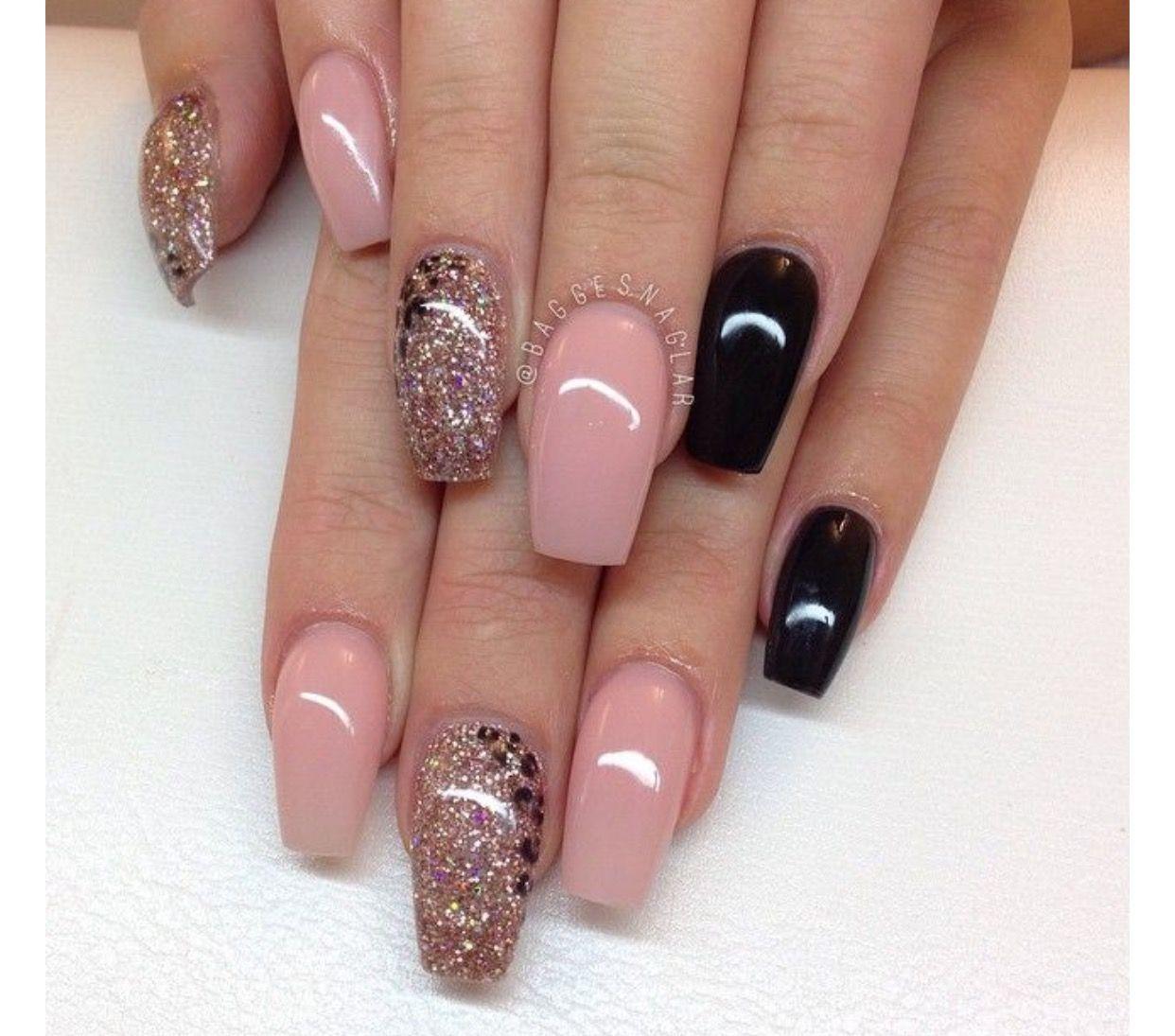 Image Via Brown Copper Glitter Nail Design
