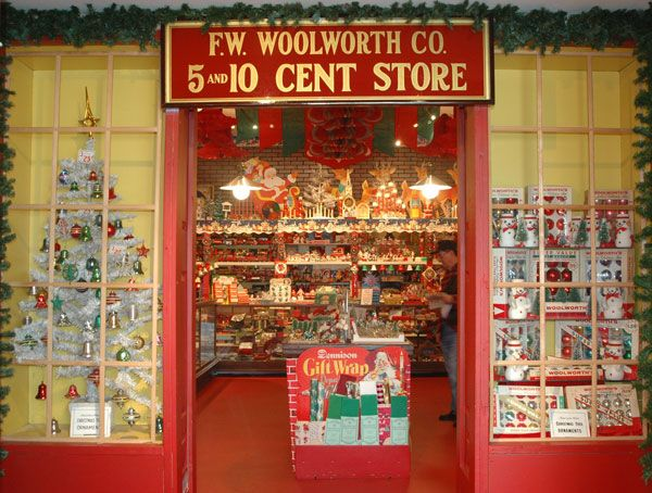 woolworth's 5 & 10 cent store . . . 1950s Christmas . - Woolworth's 5 & 10 Cent Store . . . 1950s Christmas . . . Vintage