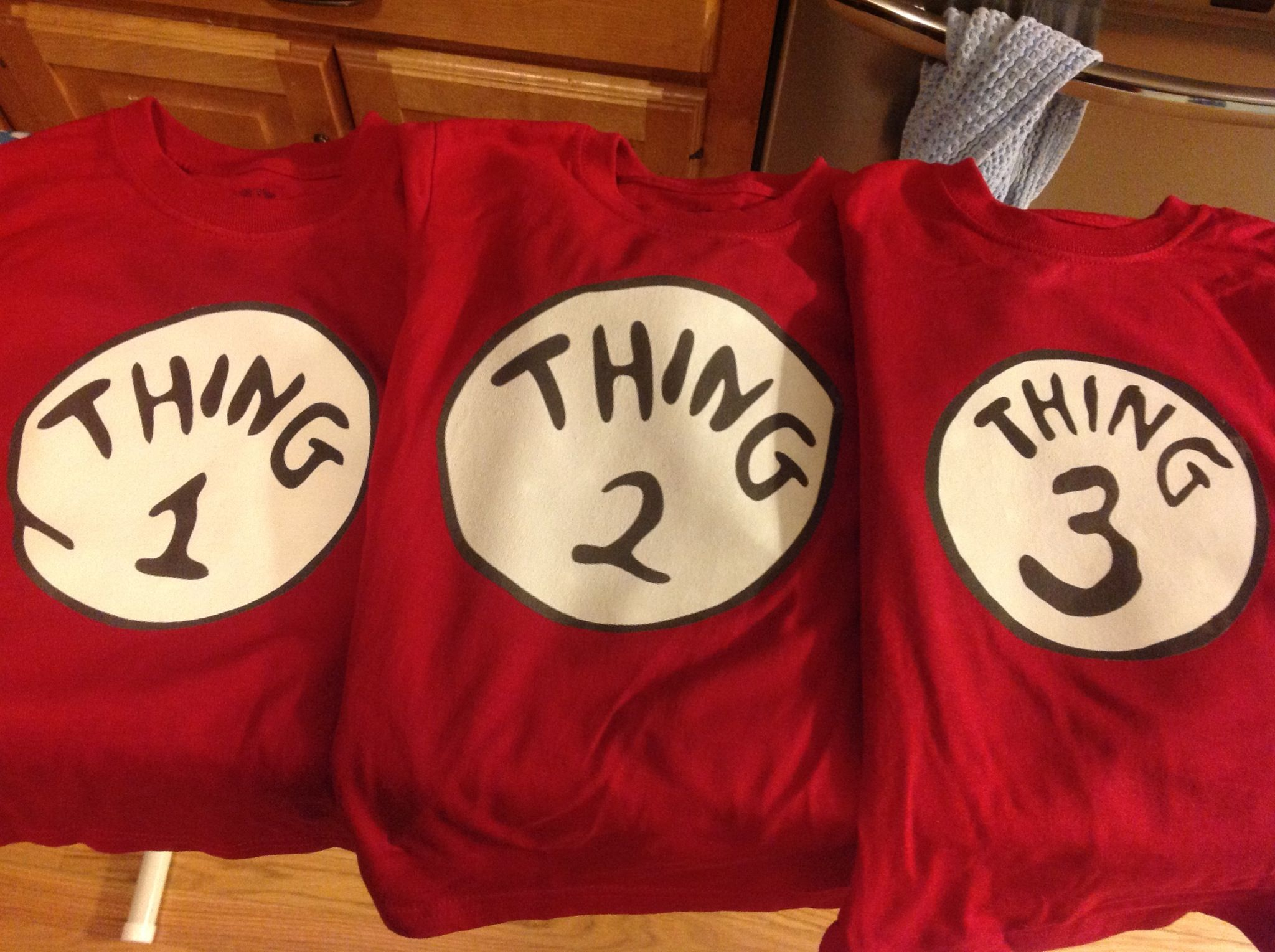 How To Make Thing 1 2 3 T Shirts Arts And Crafts Halloween