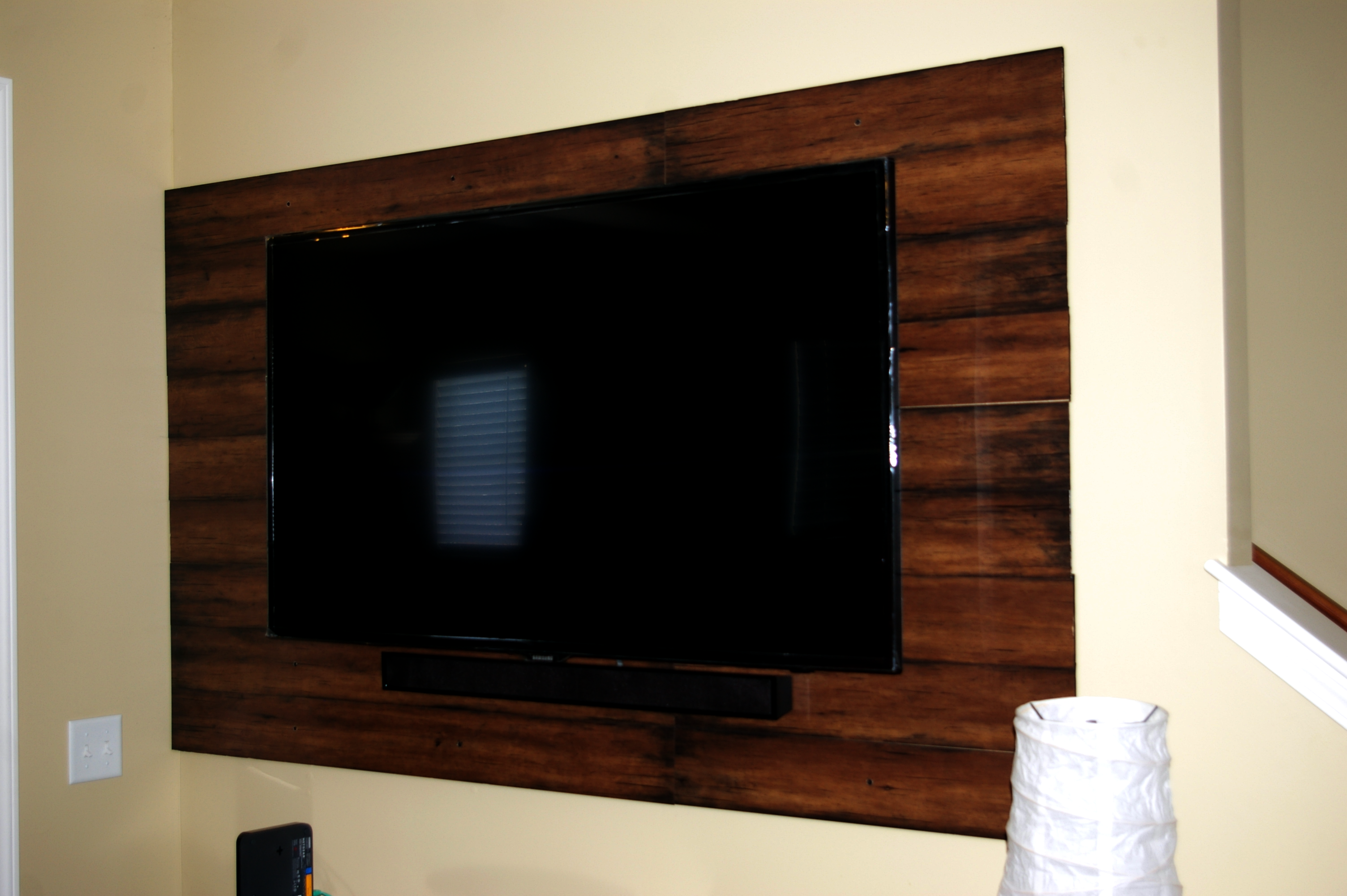 Wood Wall Behind Tv Laminate Flooring Makes A Great Floating Wall Behind The