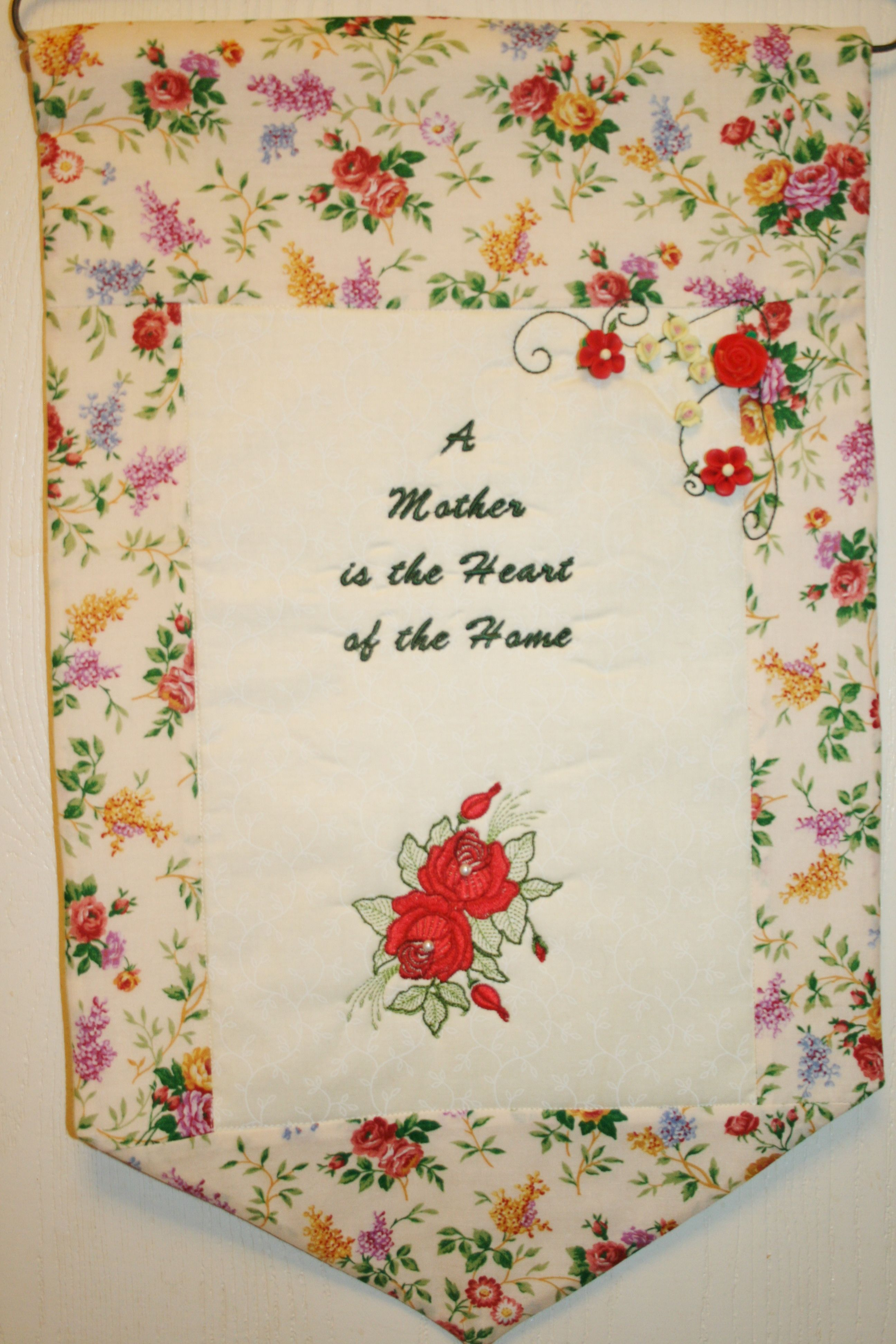 door hanger mothers day gift red roses wall hanging on wall of moms id=60086