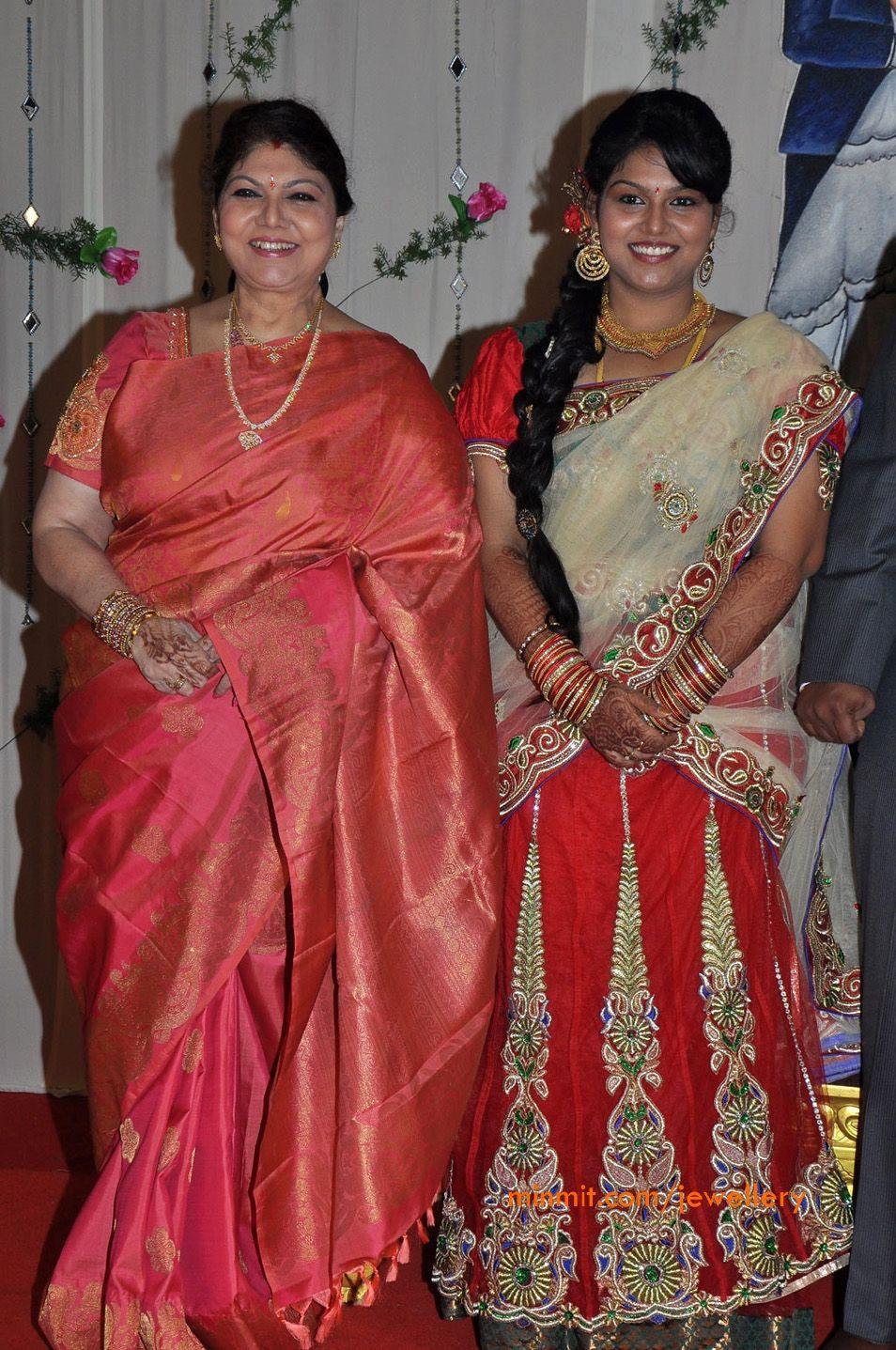 Telugu Actress Y Vijaya wearing Diamond Necklace | Marriage ... for Y Vijaya Daughter  51ane