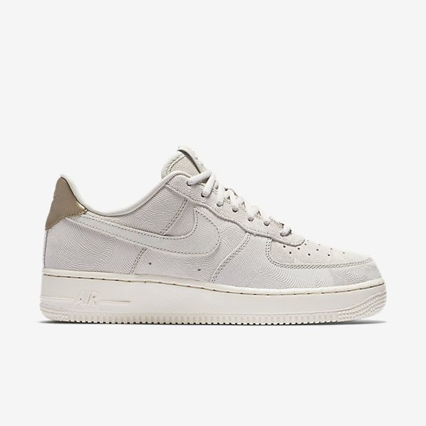 chaussures de sport 0d58a 8adab Calzado para mujer Nike Air Force 1 07 Suede | shoes | Nike ...