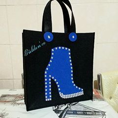 9c0e779204f89 Saks mavisi botlu çanta Dilek Hanım'a Hayırlı olsun sağlıkla kullansın.💙 # keçe