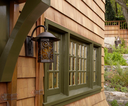 cedar siding shingles provide a rustic country look on rustic cabin paint colors id=79591