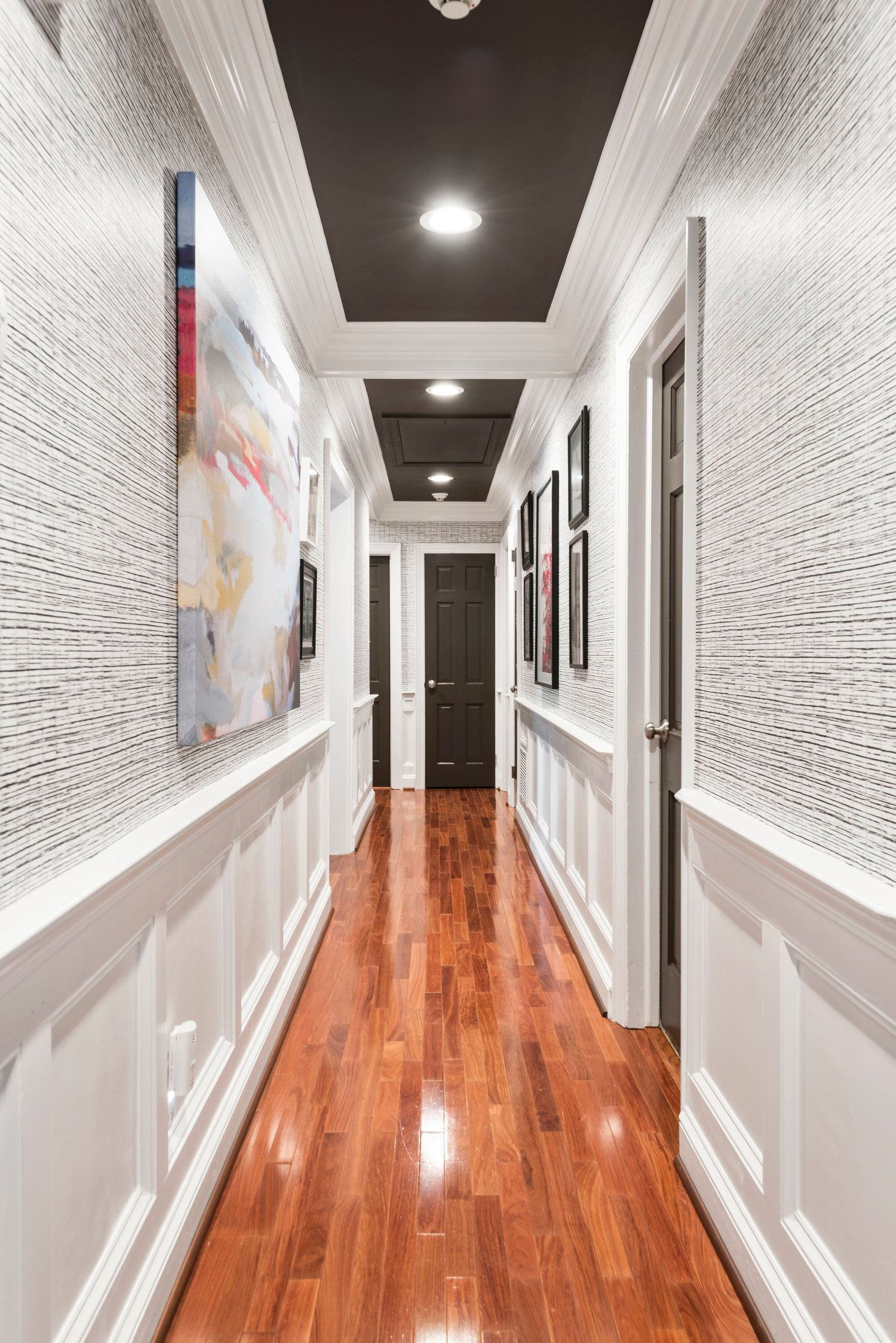The Grasscloth Guide How To Measure Hang And Install Natural Grasscloth Wallpaper Jana Donohoe Designs Grasscloth Wallpaper Home Design Living Room Hallway Wallpaper