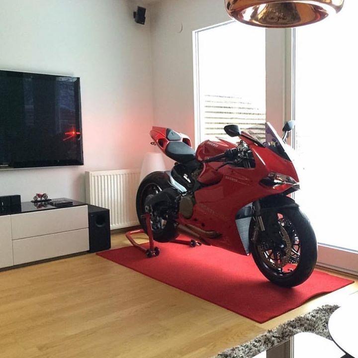 living room motorcycle superbike bike bikelife sportbikes hot. Black Bedroom Furniture Sets. Home Design Ideas
