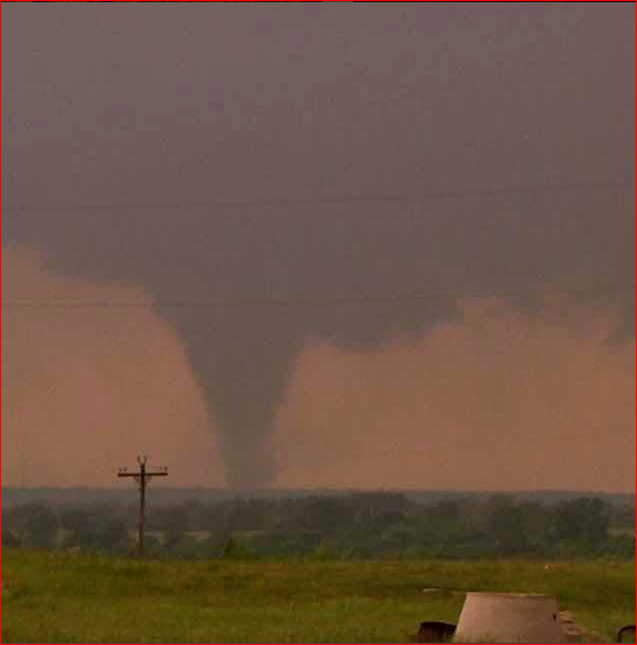 Throwback to a tornado near Ada, Oklahoma on May 21, 2011