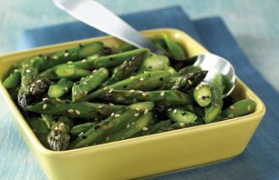 Ziploc® brand Zip 'n Steam® Sesame Asparagus