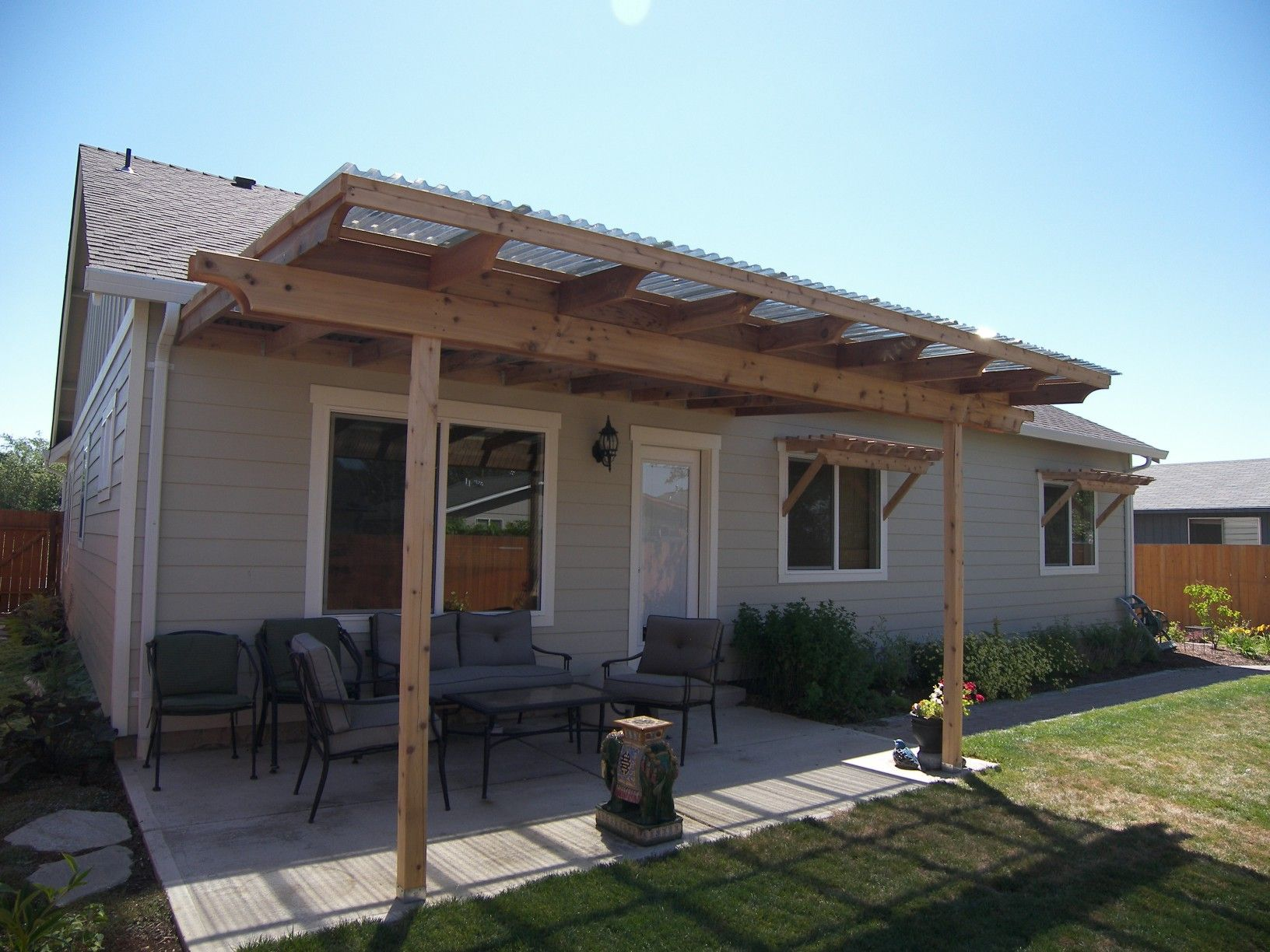 Suntuf patio cover corvallis at for Patio cover ideas designs