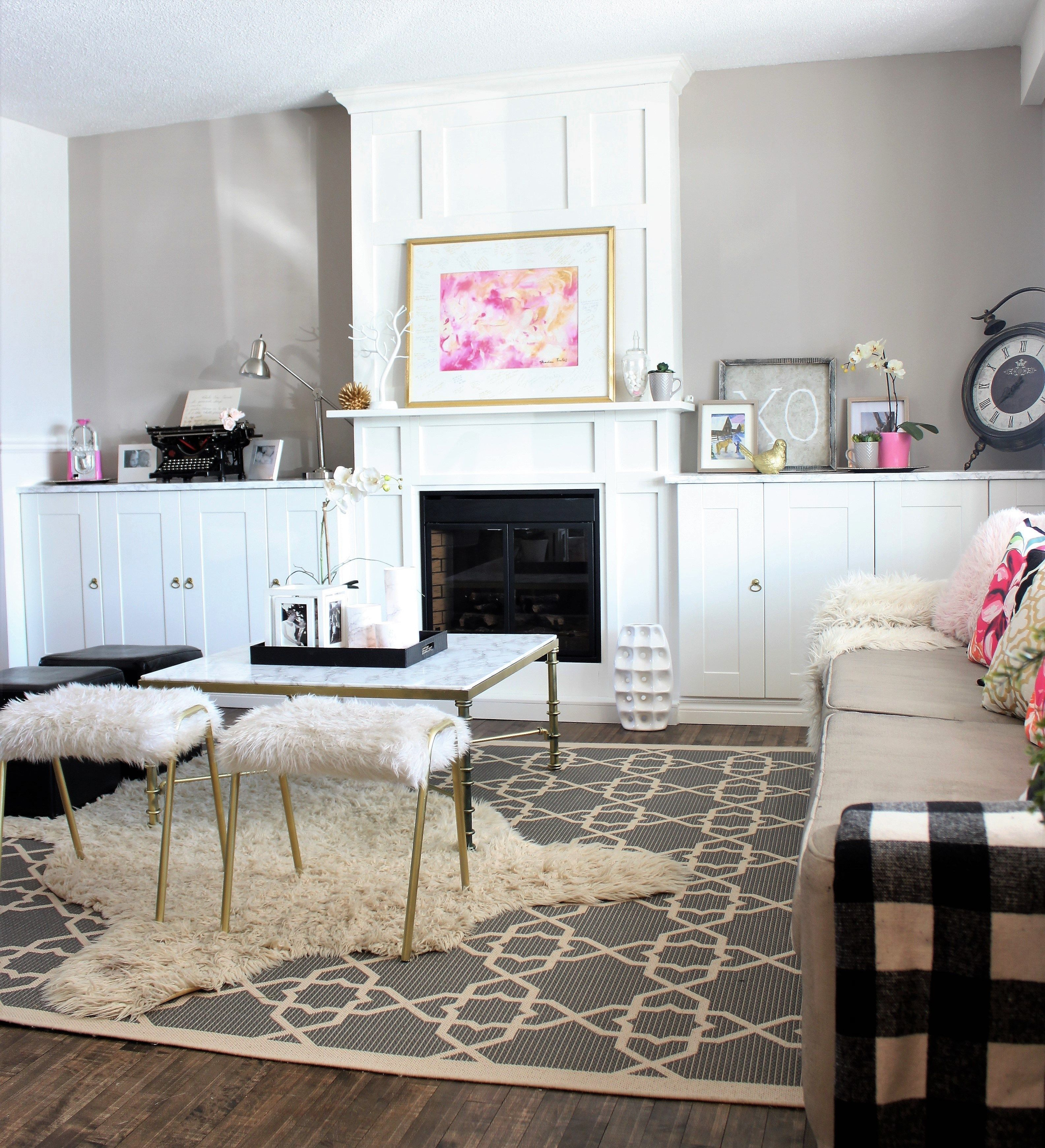 living room built ins around a white electric fireplace check out rh pinterest com