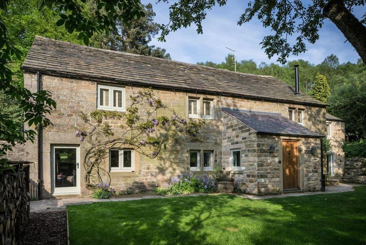 Robin Hood Farm Baslow Bakewell Derbyshire Farm Cottage Holiday Cottage English Cottage