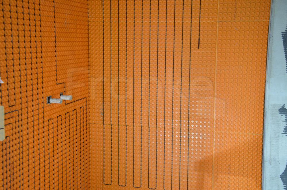 Wandheizung im Duschbereich - duschen im Wellnesstempel ...