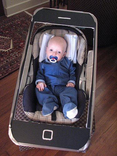 Direct pe telefon funny funnychildren haios copiihaiosi amuzant pin for later stroller costumes outfitting babys halloween ride an iphone this clever costume makes baby look like a photo screen saver solutioingenieria Images