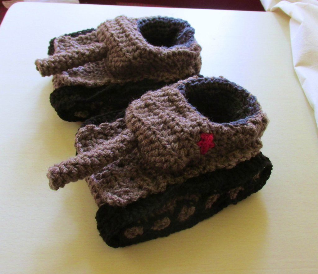 Crochet tank slippers Handmade tank slippers in grey with red ...