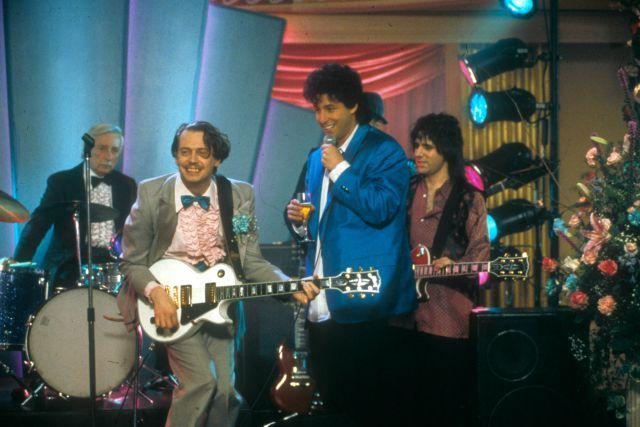 22 Fictional Bands We Secretly Dig The Wedding Singer Musical Movies Movie Tv