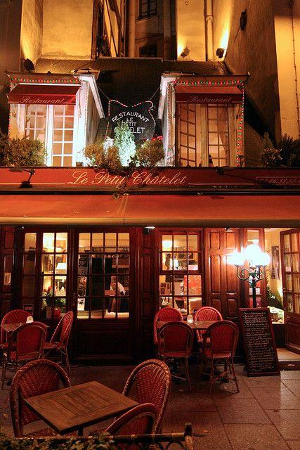 Le Petit Chatelet, Paris