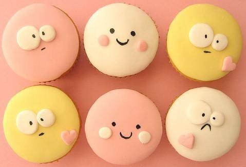 ADORABLE valentines day fondant cupcakes!