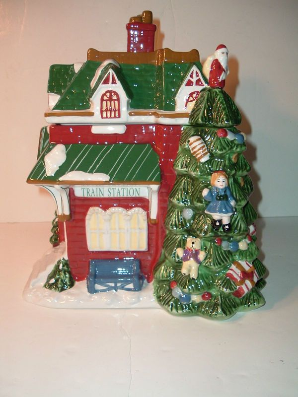 Spode Christmas Tree Village Train Station Cookie Jar Circa 2002.J. Thaddeus