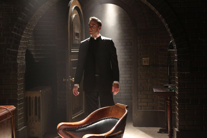 Joseph Fiennes As Monsignor Timothy Howard Jessica Lange