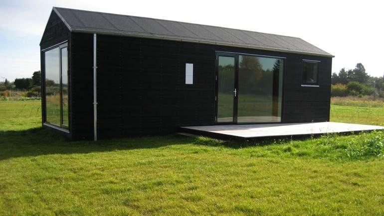 #Unika sommerhus bygges efter dine ønsker i størrelse og trævalg. Pris pr. kvm 5999,- Bestil her [...URL-LINK...]