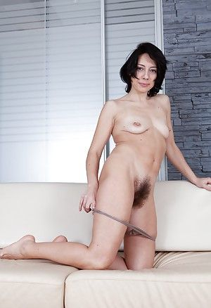 gallery hairy porn woman Pictures of Raven ravishes her natural body Alexandra Rey strips nude on .