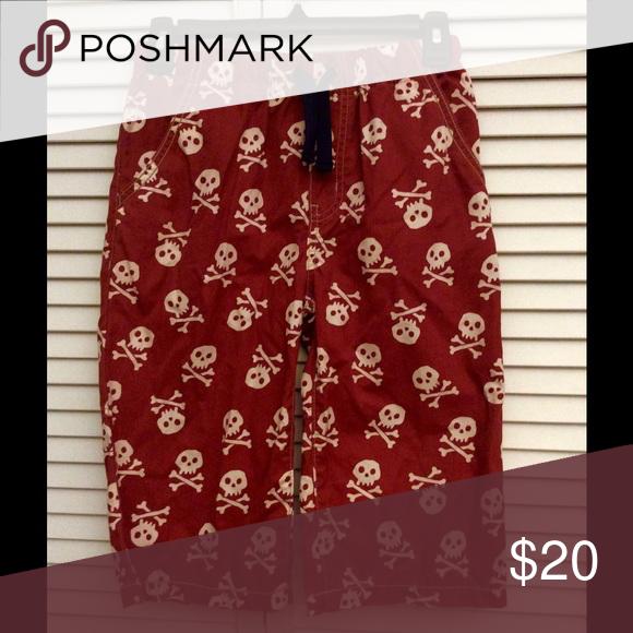 Mini Boden Skull/Pirate Board Shorts 11Y Size 11Y.  EUC, no stains, no dryer, no pets, no smoke. Mini Boden Bottoms Shorts